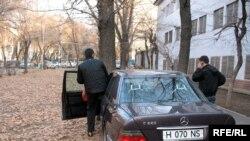 ҰҚК Жамбыл облыстық департаментінің мәшинесі. Алматы, 1 желтоқсан 2008 жыл.
