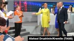 Путин за време на т.н. телефонско шоу, на кое одговара на телефонски поставените прашања од граѓаните