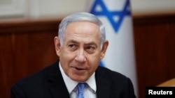 بنیامین نتانیاهو میگوید در صورت عملی شدن «تهدید امروز ایران» درباره غنیسازی اورانیوم، جامعه جهانی باید تحریمها علیه تهران را بازگرداند