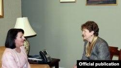 Senatorja Shahin në takimin me presidenten Jahjaga