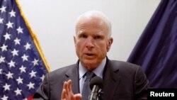 Голова комітету Сенату з питань збройних сил Джон Маккейн, Кабул, 4 липня 2017 року