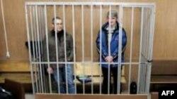 Впервые совместная жалоба Ходорковского и Лебедева была подана в Ингодинский районный суд 28 июля 2008 года, тогда ее рассматривать не стали