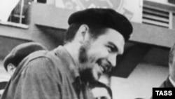 Республика Куба. Гавана. Эрнесто Че Гевара. 1961 год (архивное фото)