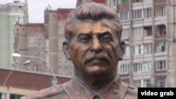 İosif Stalinin heykəli, Rusiya