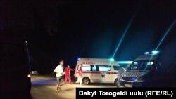 Ситуация в селе Кой-Таш, где спецназ проводит операцию по задержанию экс-президента Алмазбека Атамбаева, 7 августа 2019 года.
