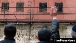 """После победы на парламентских выборах """"Грузинской мечты"""" в октябре 2012-го тысячи заключенных вышли на свободу: так распорядилась власть"""