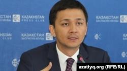 Сункар Нурмагамбетов, адвокат казахстанских родителей, возивших детей на лечение в Лиминскую клинику в Китае. Алматы, 8 сентября 2016 года.