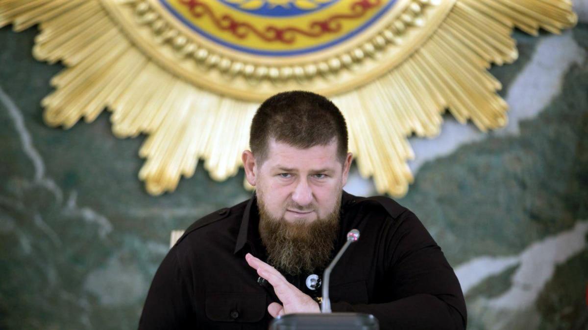 Глава Чечни Кадыров снова требует от Зеленского извинений и добрых отношений с Россией