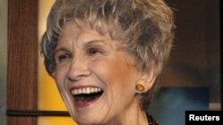 Alice Munro, 2007