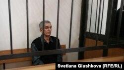 Подсудимый член общины «свидетелей Иеговы» 60-летний Теймур Ахмедов. Астана, 27 марта 2017 года.