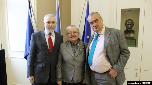 Сяргей Навумчык, Івонка Сурвіла і Карэл Шварцэнбэрг