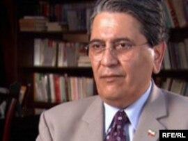 علیرضا نوریزاده، روزنامهنگار و تحلیلگر سیاسی