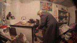На Донбассе 79-летняя жительница Карловки осталась без жилья из-за боевых действий (видео)