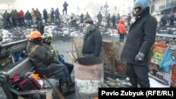 Pamje nga demonstratat në Kiev të Ukrainës