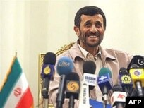 کانال چهار تلویزیون بریتانیا پیام احمدی نژاد را درکریسمس پخش می کند