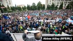 Митинг кандидата в президенты Азербайджана от объединенной оппозиции Джамиля Гасанлы, 5 октября 2013