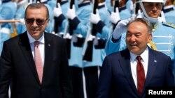 Түркия президенті Режеп Ердоған мен Қазақстан президенті Нұрсұлтан Назарбаев. Анкара, 5 тамыз 2016 жыл.