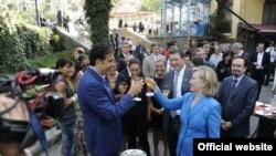 За два дня кавказской части своей восточноевропейской поездки Клинтон произнесла много важных заявлений