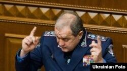 Анатолій Могильов під час виступу у Верховній Раді
