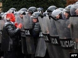 Protesta e 21 janarit në Tiranë...