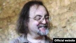 Брайан Фернихоу, британский композитор-авангардист
