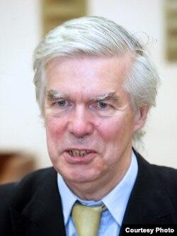 Robert Kuper