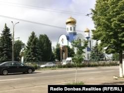 Головна вулиця міста – Радянська. Храм Божої Матері