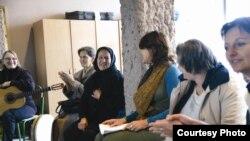 Radionica sa ženama Srebrenice, foto: Muzičari bez granica
