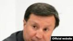 Қазақстанның қорғаныс министрі Әділбек Жақсыбеков.