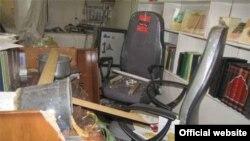دفتر آیتالله صانعی پس از حمله نیروهای لباس شخصی