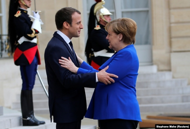 Presidenti Macron dhe kancelarja Merkel
