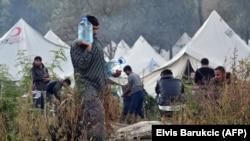 Migranti u kampu Vučjak kod Bihaća, 22. oktobar 2019.