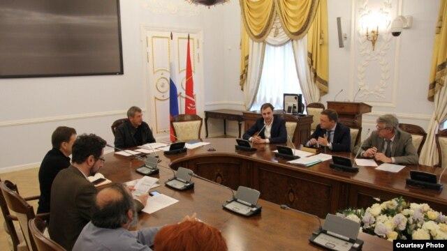 Александр Беляев на приеме у вице-губернатора Петербурга Игоря Албина
