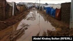 مياه الأمطار تغطي مخيم دوميز للاجئين السوريين في دهوك