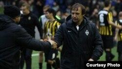 Александр Бородюк в бытность главным тренером футбольного клуба «Кайрат».