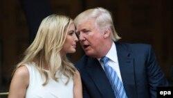 Президент США Дональд Трамп и его дочь Иванка Трамп
