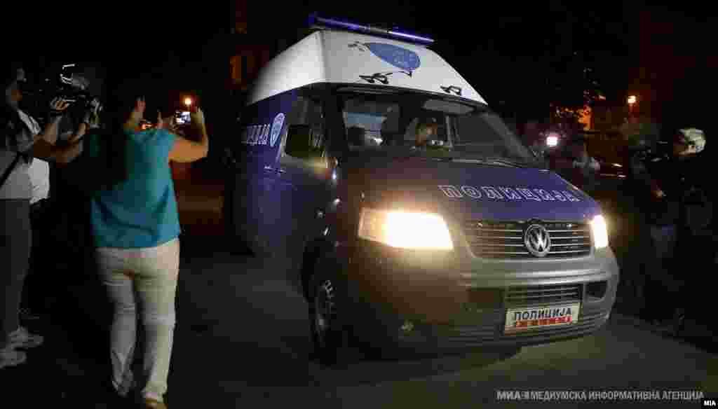 МАКЕДОНИЈА - Кривичниот суд ѝ го продолжи притворот на поранешната специјална јавна обвинителка Катица Јанева за уште 30 дена. Таа се наоѓа во притвор во истражниот затвор Скопје и сегашната мерка притвор и истекува в петок.