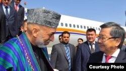 Ооган президенти Хамид Карзай Бишкекте.