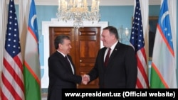 Ўзбекистон президенти 17 май куни Вашингтонда АҚШ Давлат котиби Майкл Помпео билан учрашди.