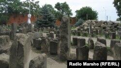 Мемориал памяти жертв депортации в Грозном
