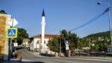 Орта-Джами считается старой мечетью. Первые упоминания о ней датируются 1674 годом