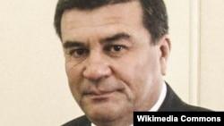 По утверждениям источников Батыр Эрешов покончил жизнь самоубийством.