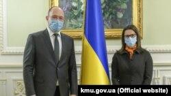 Прем'єр-міністр України Денис Шмигаль зустрівся з послом Канади Ларисою Ґаладзою