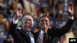 Барак Обама и Джозеф Байден сразу после окончания съезда отправились в агитационное турне по американским штатам