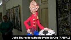 Український символ Євро-2012 свищик-зозулицю стали підробляти у Європі