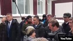 Встреча пенсионерки и премьер-министра Дмитрия Медведева на Алтае. 13 ноября 2019 года.