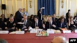 """جانب من مؤتمر التحالف الدولي ضد """"داعش"""" في باريس"""