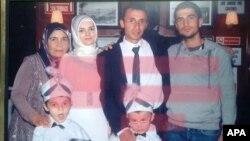 В результате нападения на автомобиль погибла гражданка Азербайджана Камалия Исмаилова