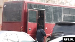 Ўзбекистонлик меҳнат муҳожирларининг аксарияти Россияга автобусларда боради