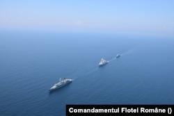 Flota României cuprinde trei fregate, cele mai mari nave ale marinei românești. Toate fregatele au fost construite în timpul Războiului Rece.